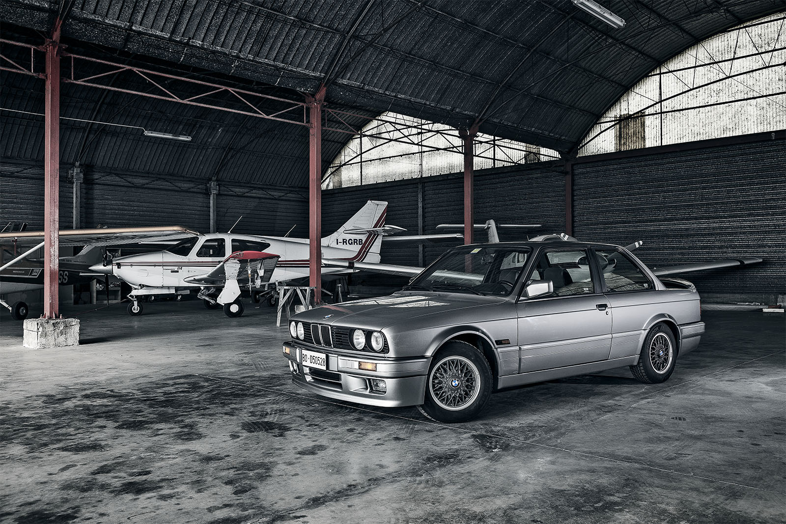BMW_M3_1983_vintage_aitport_modena