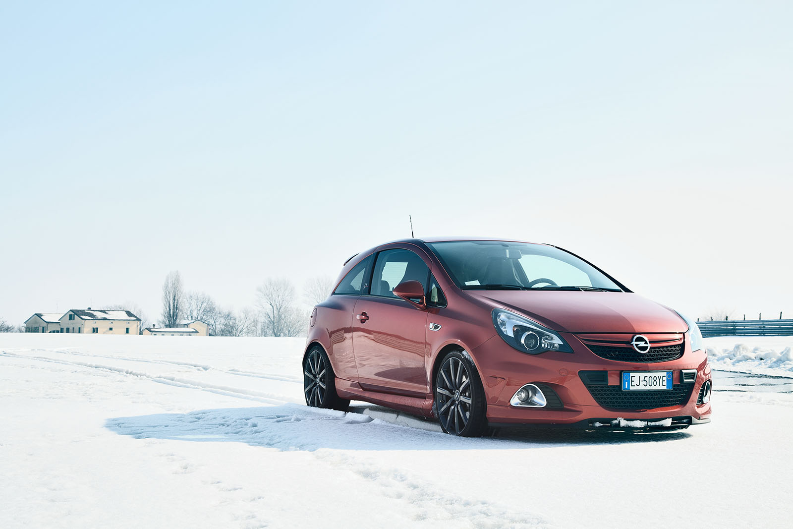 OPEL_corsa_nurburing_opc_neve_static_snow