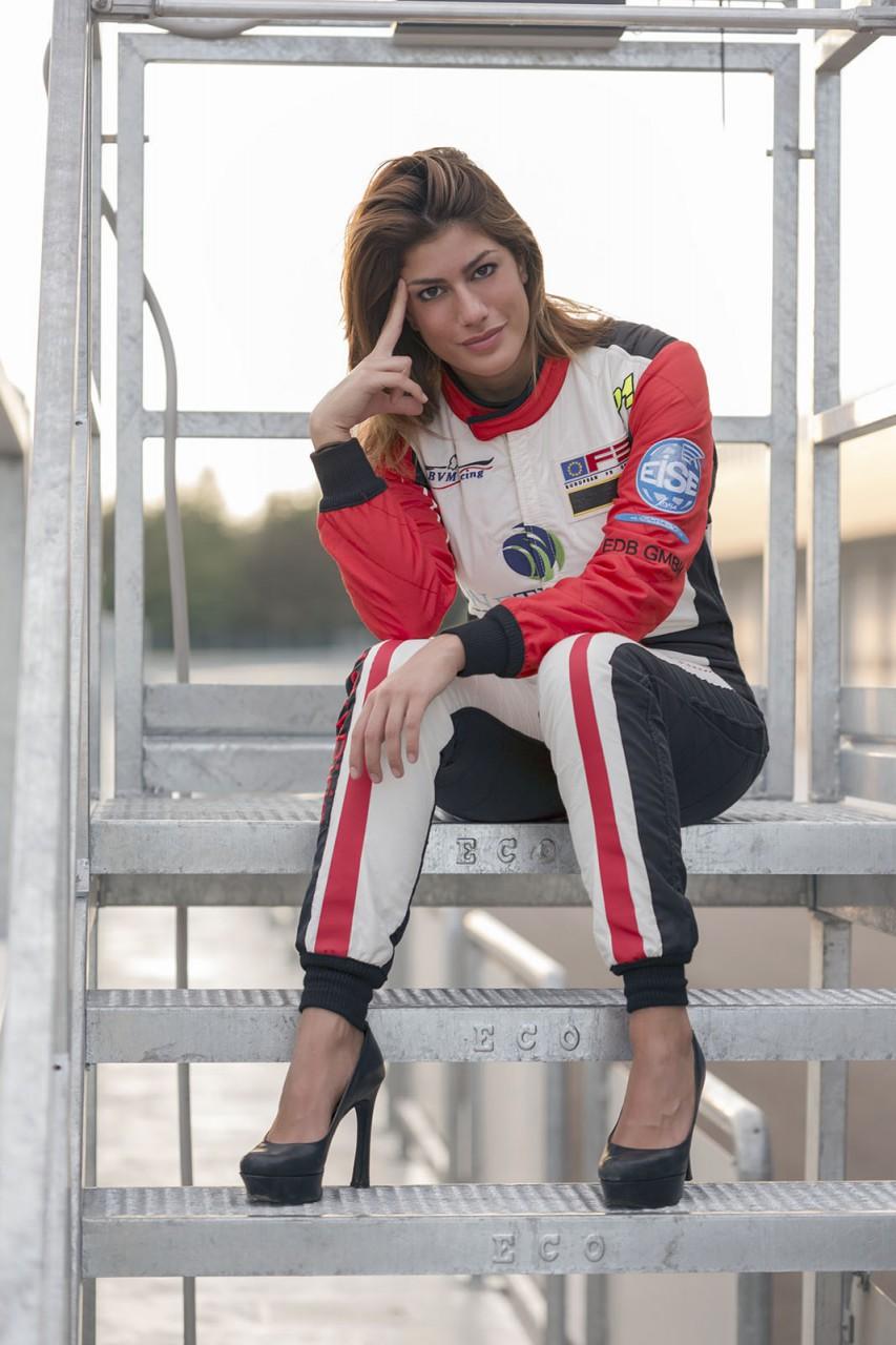 Vicky Piria pilot modena autodromo