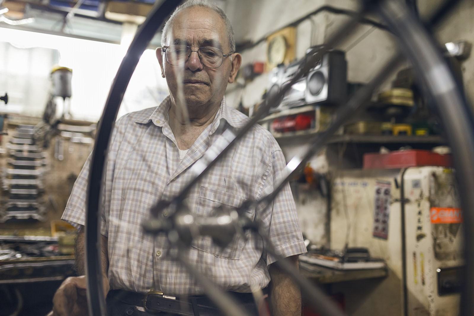 maestro carlo carla artigiano bici 07